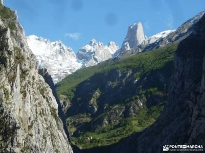 Ruta Cares-Picos de Europa; cascada de mazobre viajes a medida parque natural del estrecho ocejon